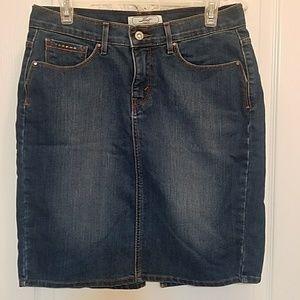 Levi' s Denim Skirt size 8